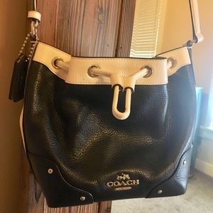 Coach leather cross body purse adjustable strap